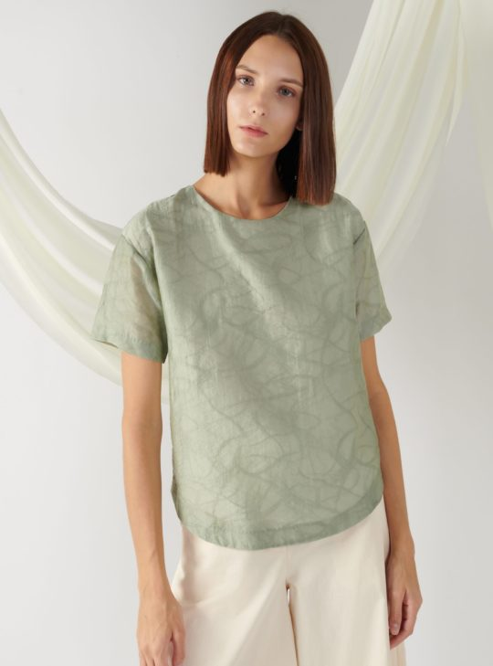 textured top with curved hem in sage